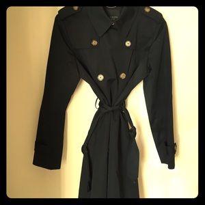 Black Talbots Trench Coat 🌴🌴